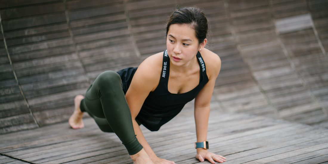 yoga-poses-for-lose-belly